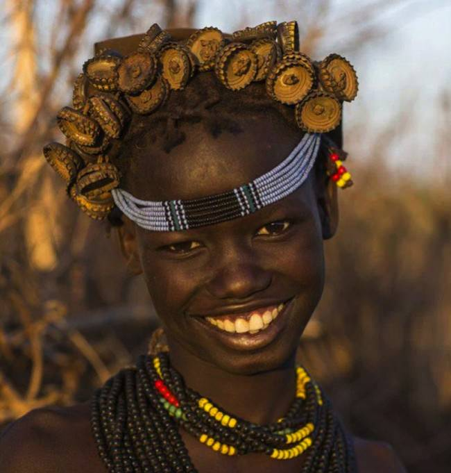 ethiopian-tribe-jewelry-headdress