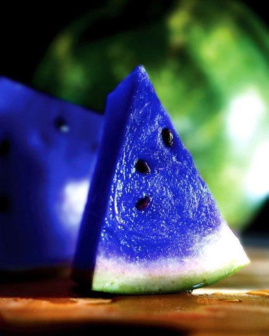 fake-viral-images-moonmelon