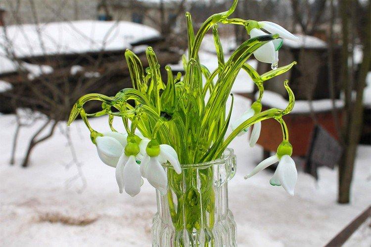 glass snowdrops