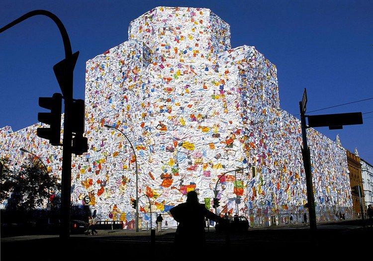 ha schult huge love letter building