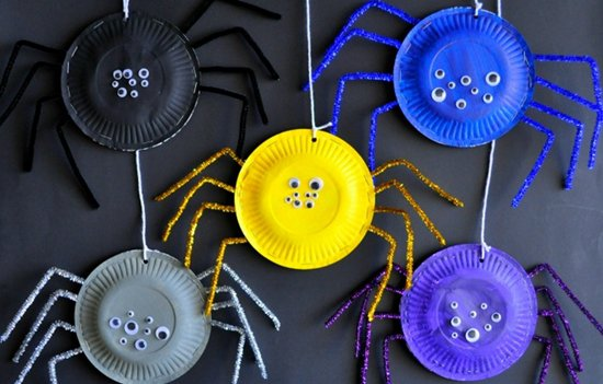 14 horrifying halloween crafts for kids for Art n craft for toddlers