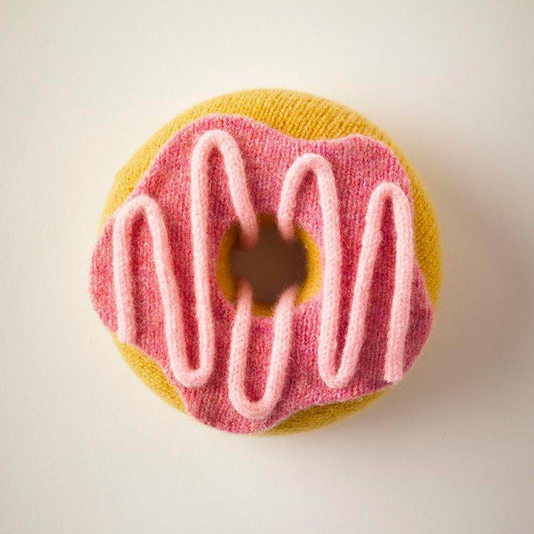 knitted donut