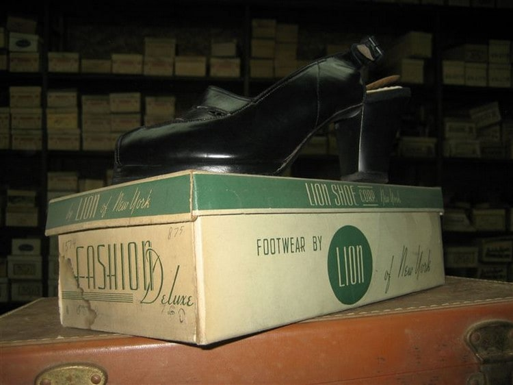 ladies shoe on box