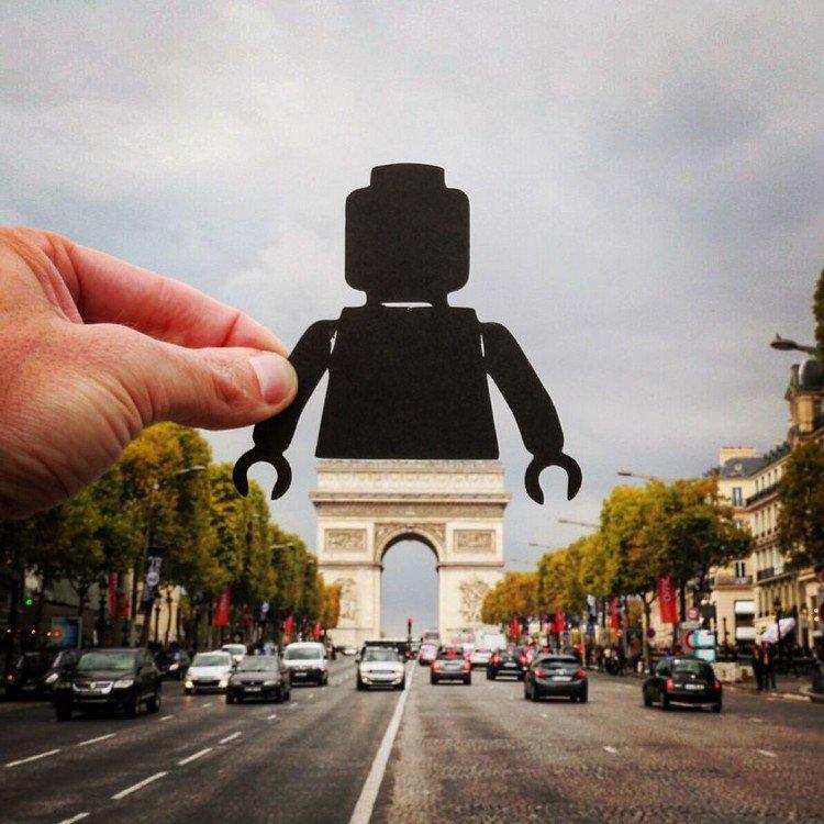 lego cut out arc de triomphe