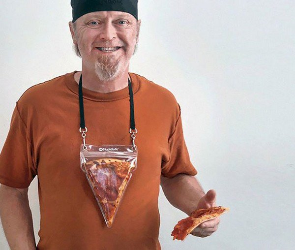 if you love pizza youll love this portable pizza necklace