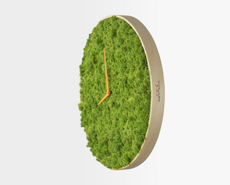 moss clock side view