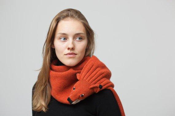 nina-fuhrer-scarf-fox