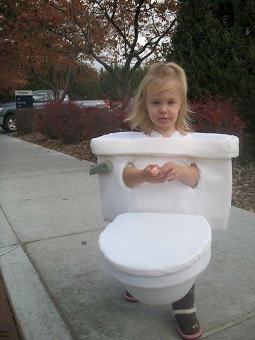 scary-halloween-costumes-toilet