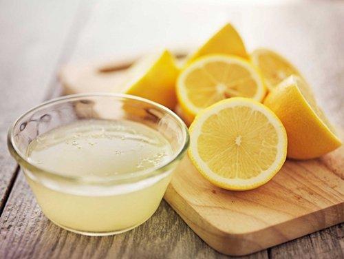 blackhead-removal-lemon