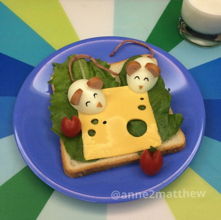 eggs mice with cheese