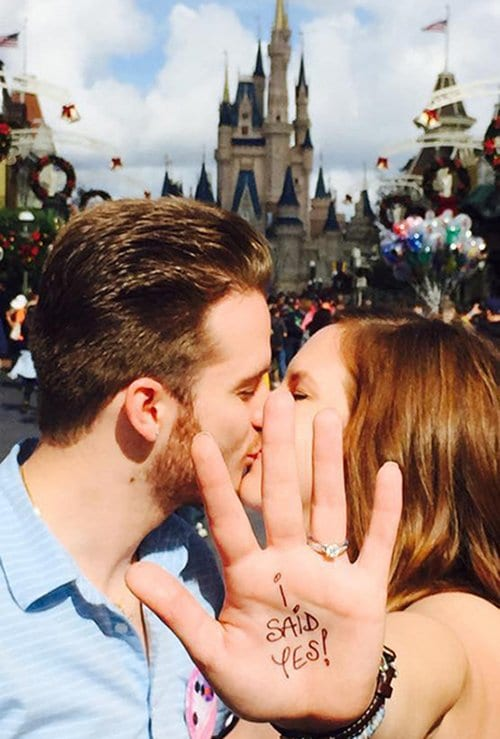 engagement-photos-disney