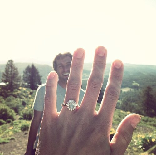 engagement-photos-ring