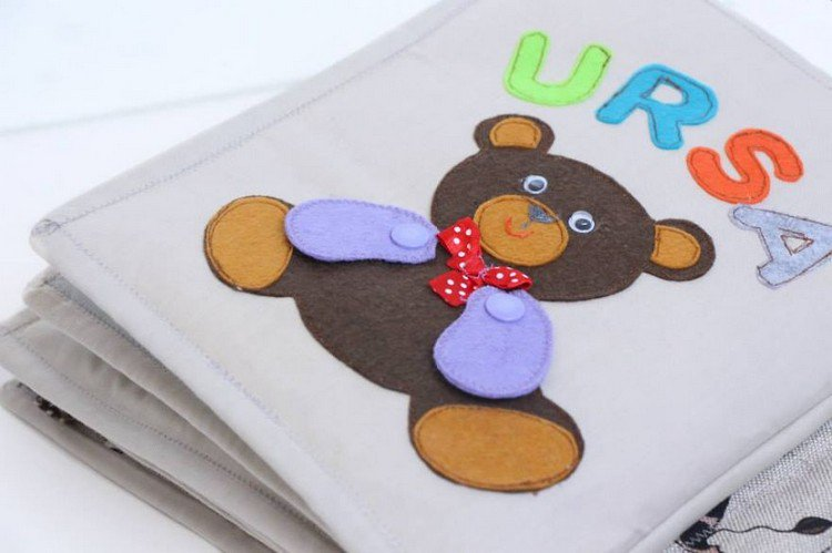 felt teddy book