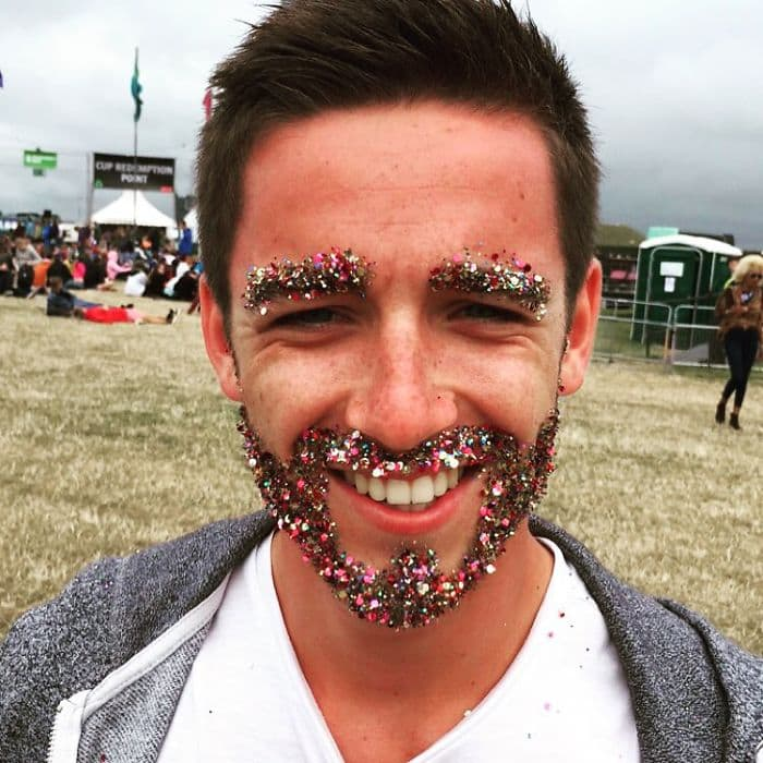 These 17 Glitter Beards Are Totally On Trend For The Holidays