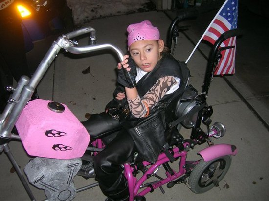 halloween-costumes-wheelchairs-chopper