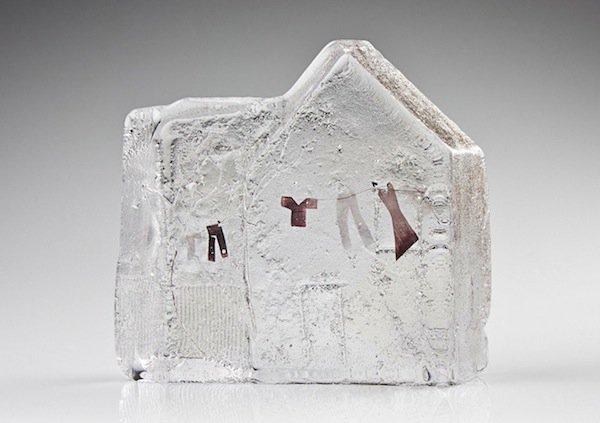 jenny-ayrton-glass-laundry