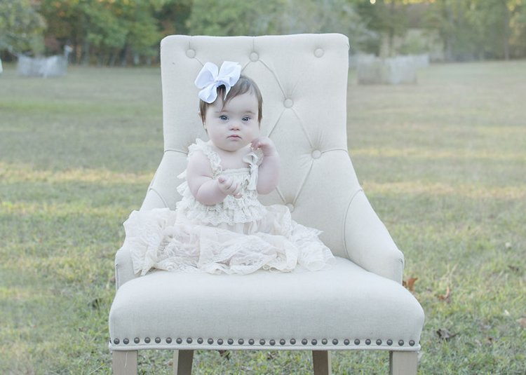 julie-wilson-down-syndrome-portraits-chair