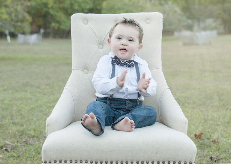 julie-wilson-down-syndrome-portraits-clap