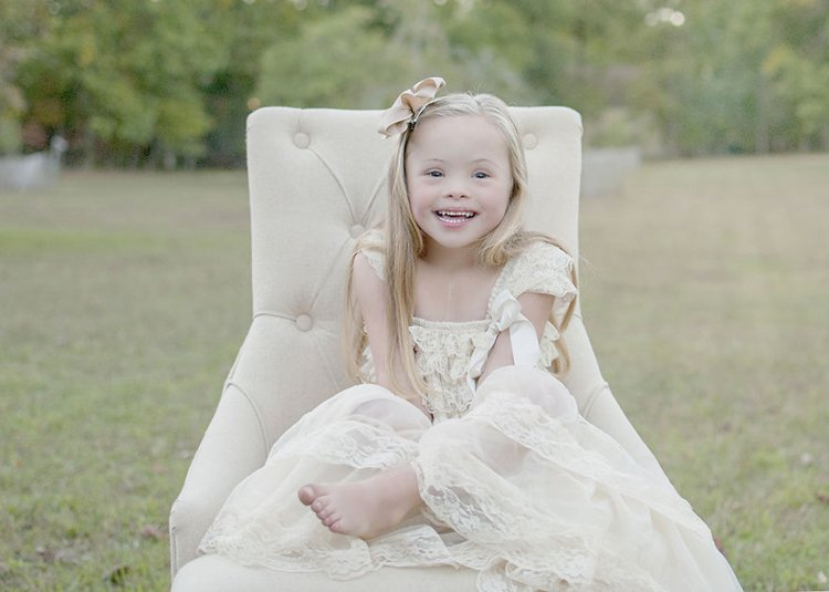julie-wilson-down-syndrome-portraits-dress