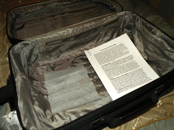 laundry sheets suitcase