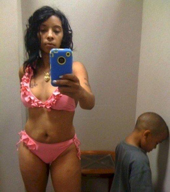 mom bikini selfie son
