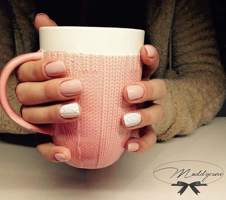 nails-cup