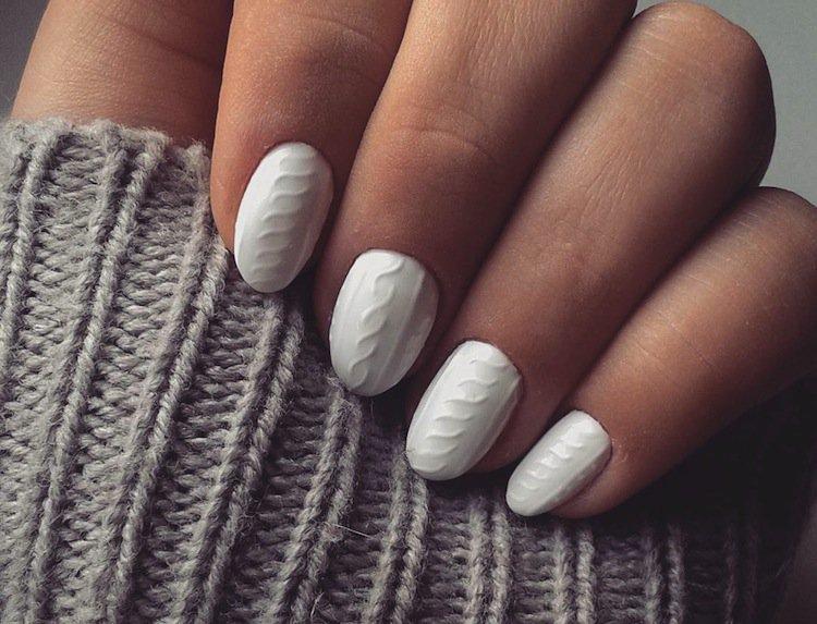 nails-knit