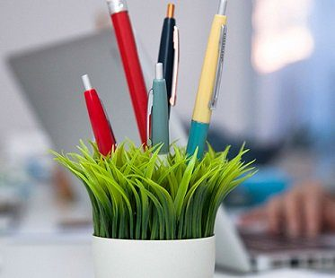 potted pen stand