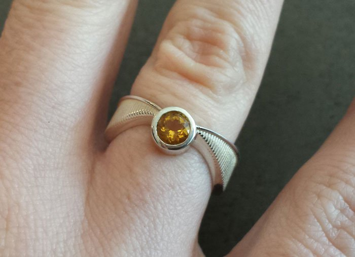 ring-golden-snitch