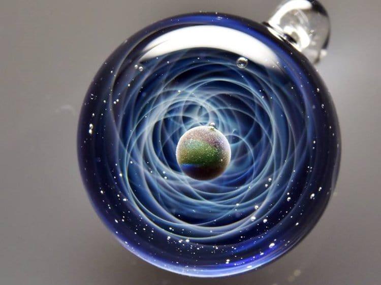 satoshi-tomizu-space-glass-bead