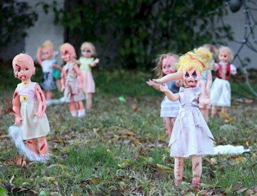 scary-decorations-spooky-dolls