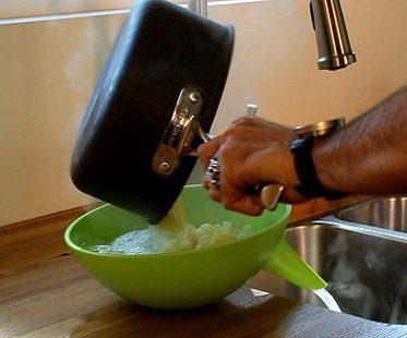 strainer bowl green