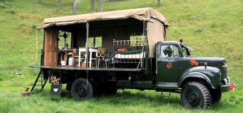 weird-hotels-truck-top