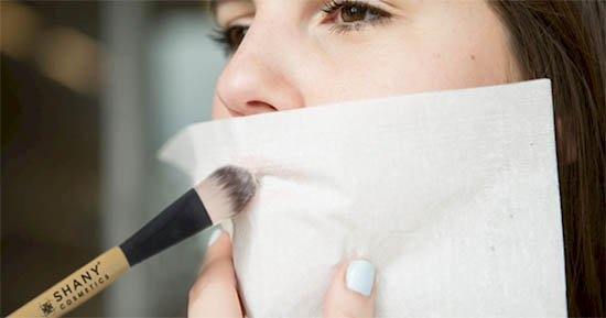Lip Dust