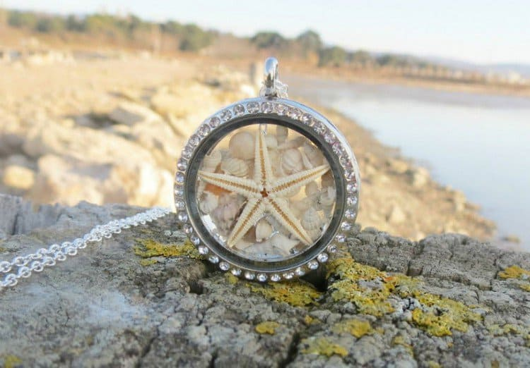 beach locket