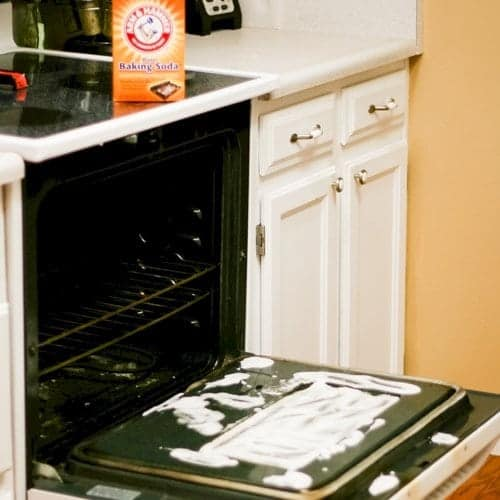 cleaning-tips-baking-soda