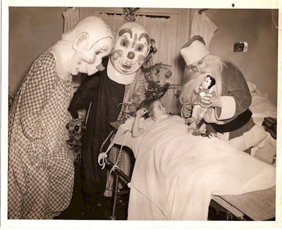 creepy clown elves