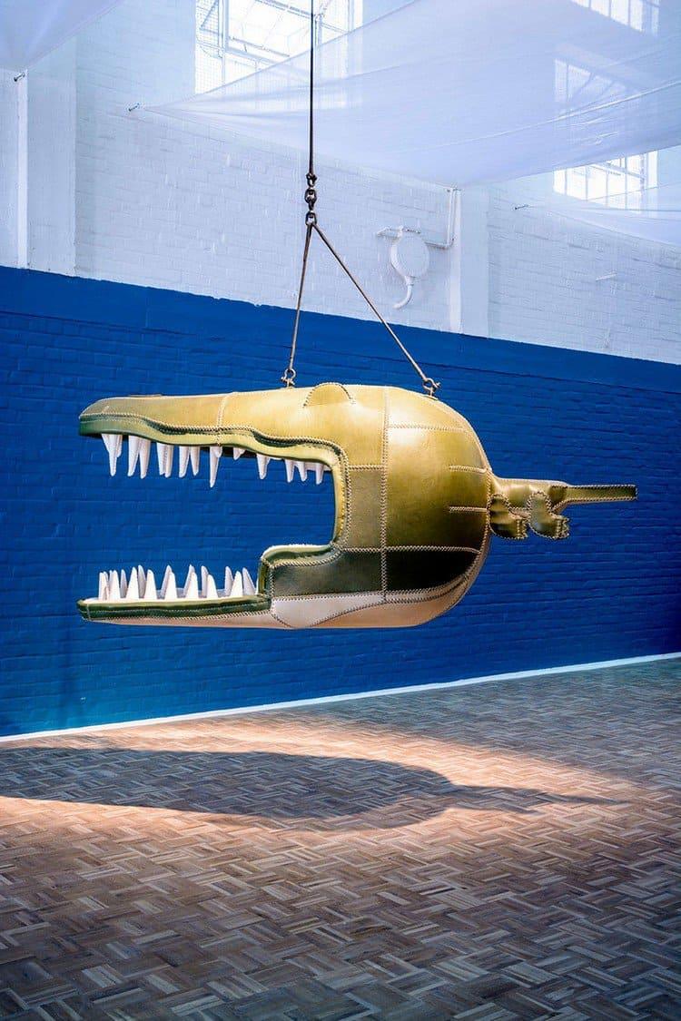 crocodile hanging chair