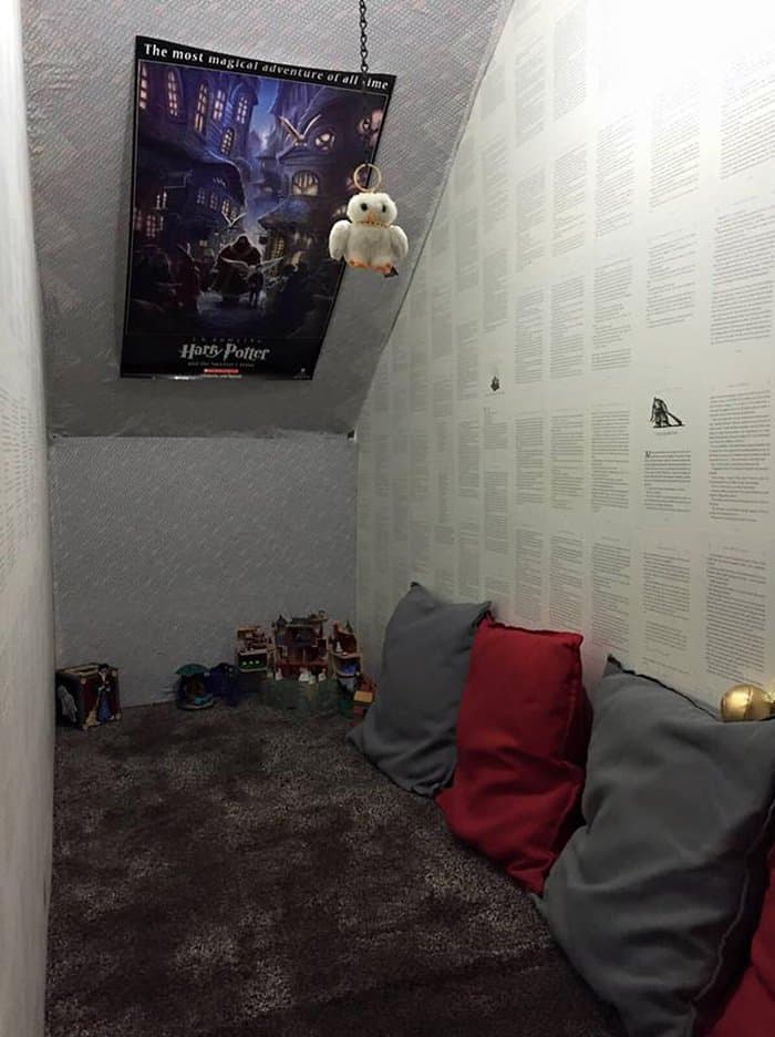 harry potter cupboard