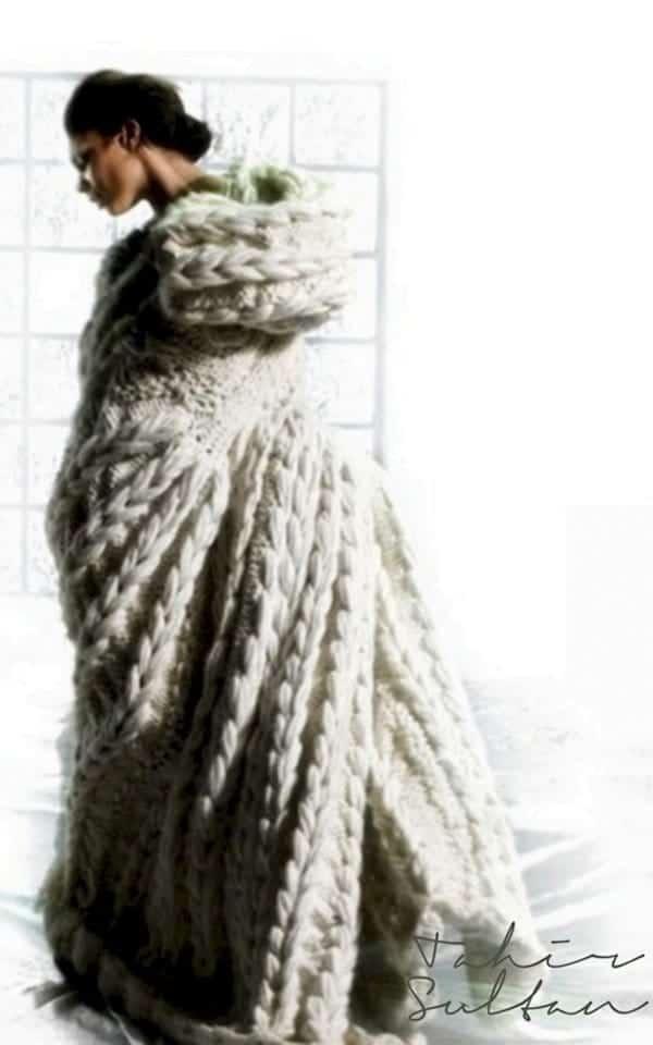 knit-cape