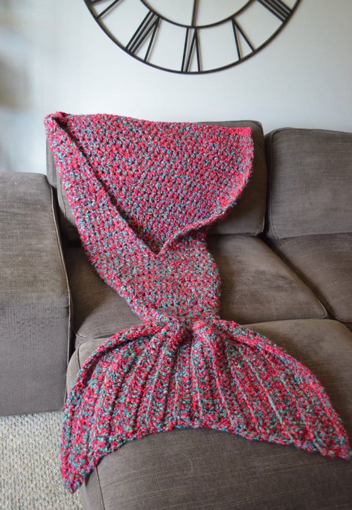 Crochet Patterns Mermaid Blanket : mermaid-blanket
