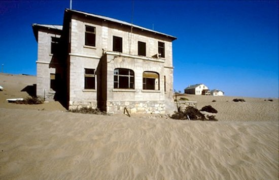 modern ghost towns nambia
