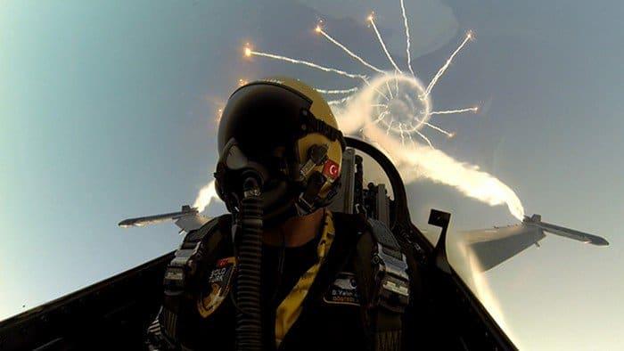 pilot flares