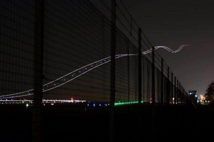 plane take off long exposure