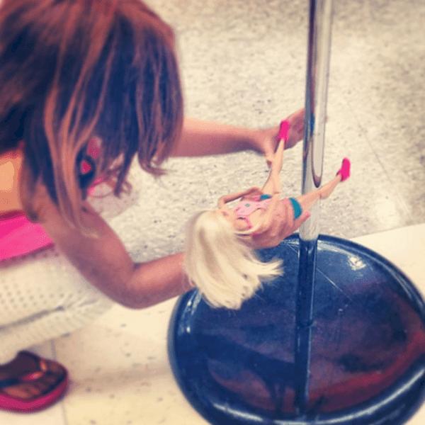 play-barbie