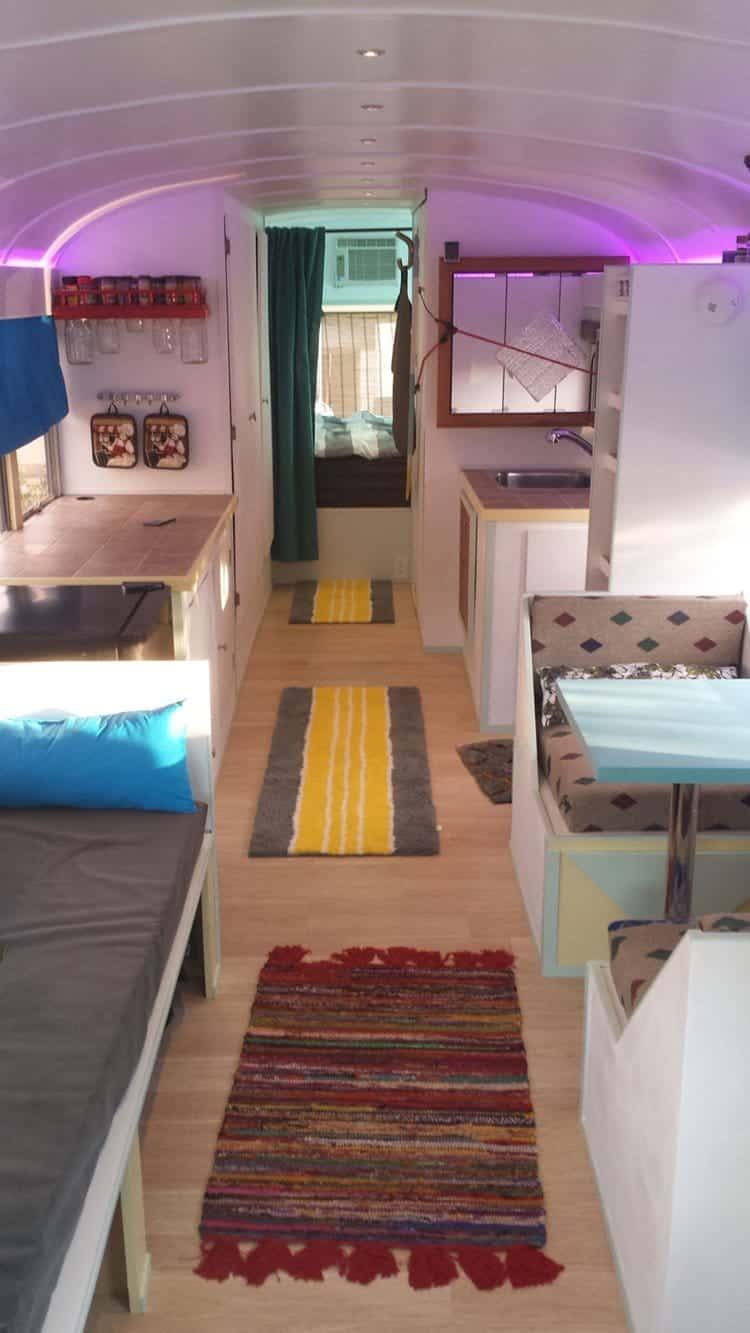 school-bus-dream-home-motor-patrick-schmidt-top