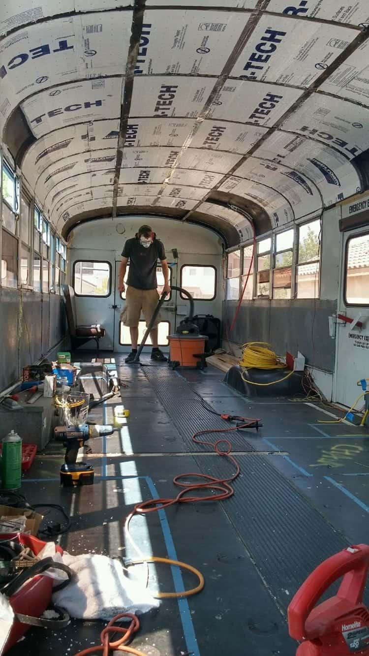 school-bus-dream-home-motor-patrick-schmidt-underway