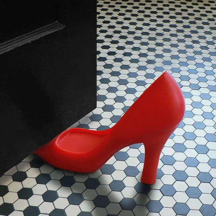 shoe doorstop