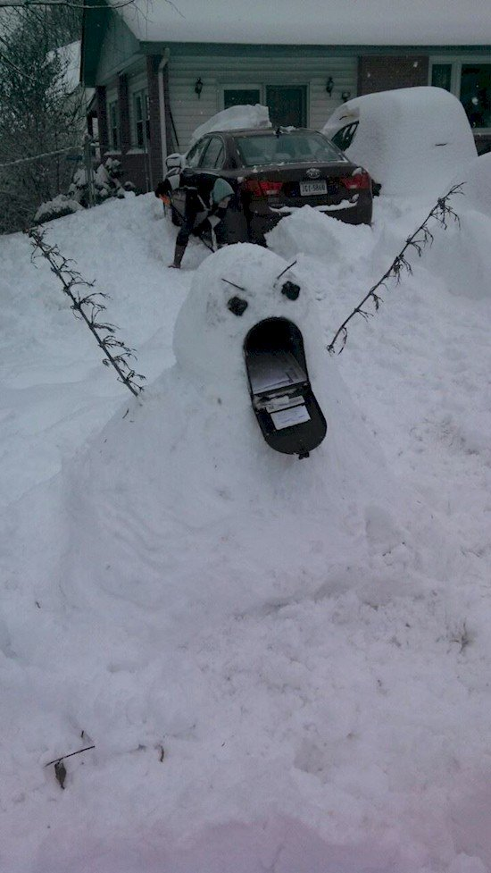 Pupazzo Di Neve >> 16 Incredible Snow Sculptures That'll Make Your Snowman Look Lame In Comparison