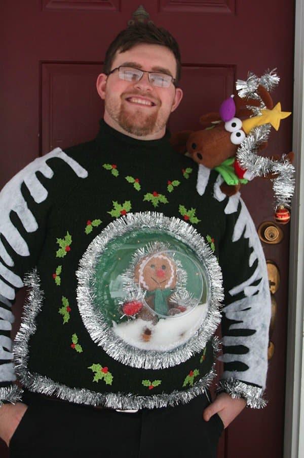 sweater-snow-globe